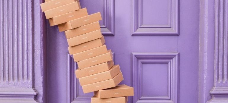 negotiate with logistic companies- packages