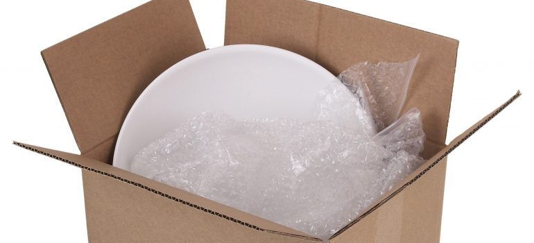 moving box for using professional packing services